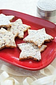 Pecan Toffee Shortbread Star Cookies