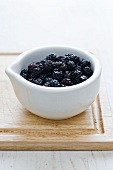Blackberries in small bowl