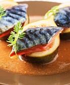 Mackerel fillets on figs