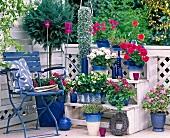 Balkon in blau-weiss