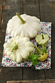 White patty pan squashes
