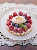 Berry tartlets with eggnog cream