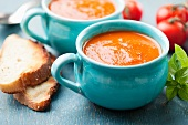Tomato and carrot soup with toasted bread