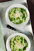 Pea risotto with Parmesan