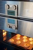 Meringues in an oven
