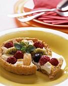Fruit tartlet with ricotta cream