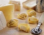 Tortellini al formaggio (tortellini filled with cheese, Italy)
