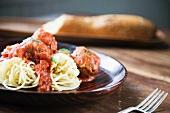 Spaghetti al ragú di polpette (spaghetti and meatballs)
