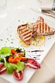 Tonno grigliato (Gegrillter Thunfisch mit Salat, Italien)