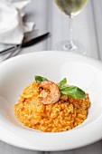 Tomato risotto with prawns and basil