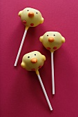 Three cake pops (chicks)