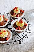Cupcakes mit Vogelbeeren