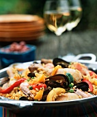 Paella in the pan (close-up)