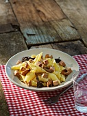 Conchiglie with goose liver and mushrooms