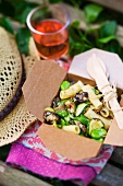 Penne with aubergines, courgette and beans, for a picnic