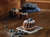 Mini-Bundt cakes with blueberries