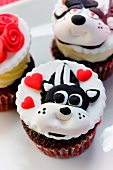 Skunk Valentine's Day Cupcakes