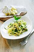 Zucchinispaghetti mit Limonenseitlingen