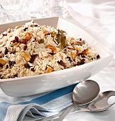 Rice salad with raisins and nuts