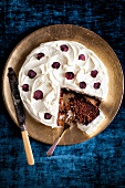 Beetroot cake with cream cheese topping