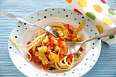 Linguine with turkey and pepper sauce