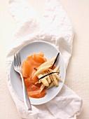White asparagus with vanilla and smoked salmon