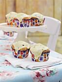Mango-Limetten-Cupcakes mit Passionsfruchtsauce