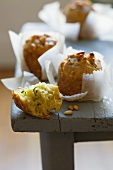 Courgette muffins with pine nuts