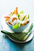 Fennel salad with prawns and avocado