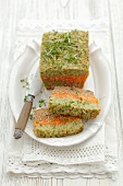 Carrot and broccoli pâté with soya and cress