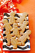 Gingerbread skeletons for Halloween