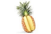 Ananas mit fehlendem Stück