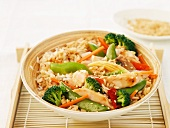 Rice with chicken, vegetables and ginger