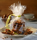 Home-made brittle as a gift