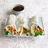 Spring rolls with vegetable and mushroom filling (Vietnam)