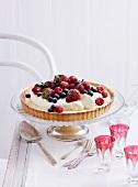 Berry tart with vanilla cream for Christmas