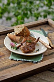 Lamb chops with baguette