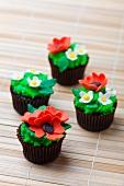Cupcakes mit Blumendeko