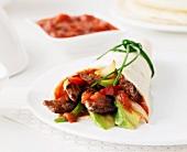 Fajita mit Rindfleisch und Avocado