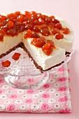 Cheesecake with crystallised cherries