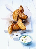 Potato wedges with sesame