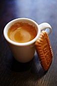 Espresso and Spekulatius (German Christmas shortcrust biscuits)