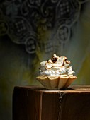 Baisertörtchen mit Puddingfüllung
