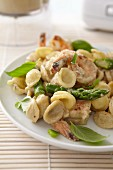 Orecchiette pasta with prawns, asparagus and basil