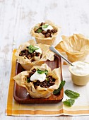 Filo pastry baskets with minced lamb, yoghurt and mint