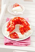 Vanilla panna cotta with fruit jelly