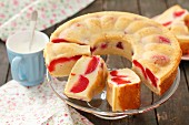 Yoghurt cake with plums