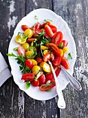Tomato salad with rocket (seen from above)