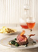 Beef fillet with Gorgonzola sauce and Spätzle (soft egg noodles from Swabia), with rosé wine