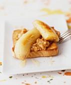 Bananas on toast